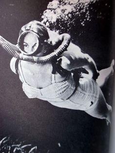 Scuba Diving School – Where to learn How To Dive Diving Suit, Scuba Diving, Deep Photos, Technical Diving, Diving School, Skin Diver, Diver Tattoo, Deep Sea Diver, Surf