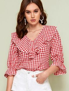 SHEIN Red V Neck Ruffle Trim Gingham Spring Casual Blouse Top Women 2019 Autumn Flounce Sleeve Cute Ladies Blouses And Tops – fashion Look Fashion, Fashion News, Fashion Outfits, Summer Blouses, Look Chic, Types Of Sleeves, Blouses For Women, Ladies Blouses, Blouse Designs