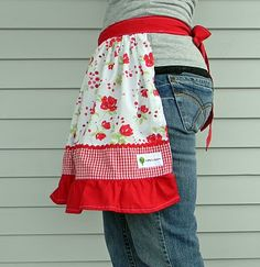 Toddler dress turned mommy apron. NICE