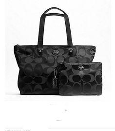 COACH Getaway Sig. Packable Weekender - BNWT. Starting at $60 on Tophatter.com!