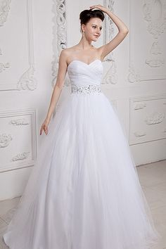 White wedding gown with bowknot,handmade beading,pleats,low back.Beading ball gown wedding dress with chapel train.This ball gown no minimum orders. You can choose custom size or standard size. Sweet Wedding Dresses, Wedding Dress 2013, White Wedding Gowns, Wedding Dress Train, Stunning Wedding Dresses, Colored Wedding Dresses, Cheap Wedding Dress, Bridal Dresses, Gown Wedding