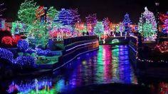 Caldwell light show in Idaho!! I love Christmas lights :-)