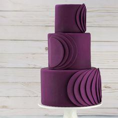 Sleek & Modern Plum Wedding Cake made with Satin Ice! Fancy Wedding Cakes, Plum Wedding, Beautiful Wedding Cakes, Wedding Cake Designs, Fancy Cakes, Fall Wedding, Wedding Ideas, Jednostavne Torte, Cheesecake Wedding Cake