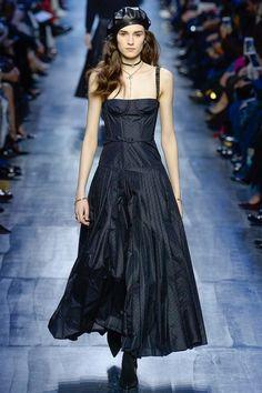 #Dior      #fashion  #Koshchenets Christian Dior Fall 2017 Ready-to-Wear Collection Photos - Vogue