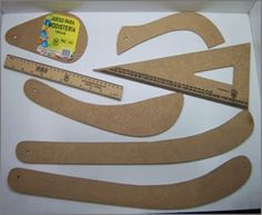 Best 12 Patrones y Costura: french-curve-ruler-designer-s-vary-form-curve-for-… – SkillOfKing. Sewing Basics, Sewing Hacks, Sewing Tutorials, Sewing Crafts, Techniques Couture, Sewing Techniques, Clothing Patterns, Sewing Patterns, Costura Diy