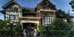 The Shafer Baillie Mansion Bed & Breakfast Weddings - Price out and compare wedding costs for wedding ceremony and reception venues in Seattle, WA