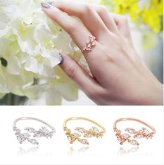 Fashion Women Crystal Ring Shine Party Casual Jewelry Flower Rings Gold RM19.90