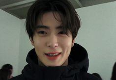 Kim Jung Woo, Jung Yoon, Nct Life, Dream Chaser, Valentines For Boys, Jung Jaehyun, Jaehyun Nct, Perfect Boy, Kpop