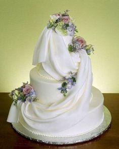 Amazing Beautiful Cake Wedding #amazingweddingcakesbeautiful #weddingcakes