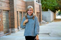 The perfect winter sweater! http://www.lovealwaysliv.com/2014/11/how-to-wear-oversized-sweater.html