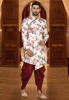 Lycra Kurta in White This Readymade attire with Polyester Lining is Enhanced with Quilted Foil Prin Mens Indian Wear, Indian Groom Wear, Indian Men Fashion, Mens Fashion Suits, Shaadi Wear For Mens, Fashion Wear, Sherwani For Men Wedding, Wedding Dresses Men Indian, Wedding Dress Men