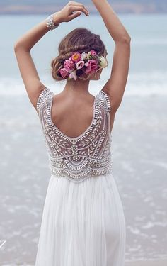 Anna Campbell 2016 Wedding Dresses Beading Crystals Sleeveless Chiffon Beach Wedding Gowns Floor Length Luxury Boho Custom Made Bridal Dress Bohemian Bride, Bohemian Wedding Dresses, Hippie Boho, Relaxed Wedding Dress, Wedding Robe, Wedding Gowns, Wedding Ceremony, Lace Wedding, Chic Wedding