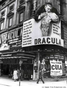 Hammer films spectacular London theater display for Dracula aka Horror of Dracula starring Christopher Lee. Vintage Movie Theater, Vintage Movies, Dracula, Dark Romance, Hammer Horror Films, Hammer Films, Foto Madrid, The Blues Brothers, Classic Horror Movies