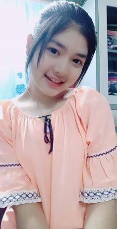 Pretty Asian Girl, Cute Asian Girls, Beautiful Asian Girls, Cute Girls, Beautiful Muslim Women, Beautiful Hijab, Burmese Girls, Prity Girl, Cute Japanese Girl