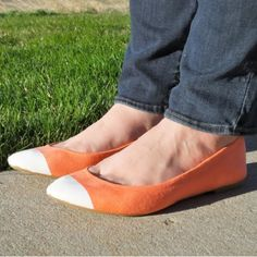 Try this quick & easy DIY to jazz up your colorful flats, just in time for…