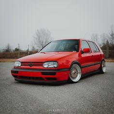 Golf Mk3, Vw Golf 3, Vintage Cars, Vintage Auto, Vw Classic, Car Volkswagen, Mk1, Custom Cars, Cars And Motorcycles