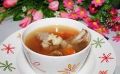 These ingredients in the stewed pig tendon with lily and figs not only have a good nourishing effect on human body, Cantonese Cuisine, Ginger Slice, Traditional Chinese Medicine, Figs, Chinese Food, Human Body, Food Print, Ethnic Recipes, Footprint Art
