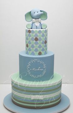 This blog is hilarious ... and this cake is adorable for a little boy baby shower - OR a pink elephant for a little girl!
