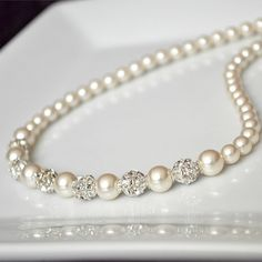 beautiful pearls Http://fifiqin.com