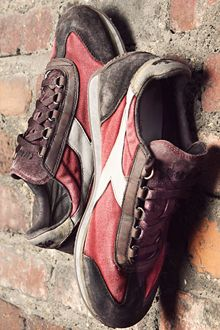 My brand new pair of shoes: Diadora Heritage 1975