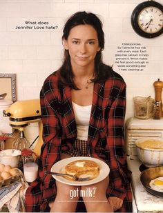 "21 Vintage ""Got Milk?"" ads. (Just Jennifer Love Hewitt in the 90's having a balanced breakfast)"