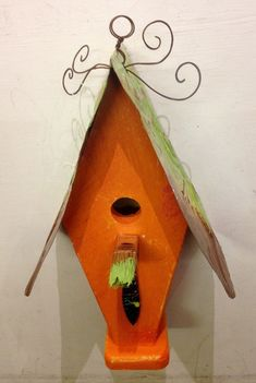 Birdhouse- Orange w/ green roof (K1)
