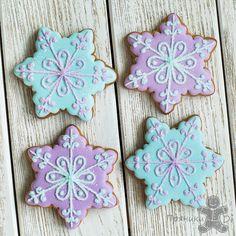 Wall Christmas Cake Decorations, Christmas Cupcakes, Christmas Sweets, Christmas Cooking, Iced Cookies, Royal Icing Cookies, Sugar Cookies, Snowman Cookies, Cookie Designs