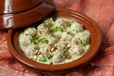 Albóndigas estilo marroquí con limón y cardamomohttp://cocinadeaisha.blogspot.nl/2014/01/albondigas-estilo-marroqui-con-limon-y.html