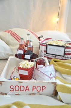 Valentines Day Movie Night Gift Basket & Free Printables. Fun to give as a gift or for yourself!