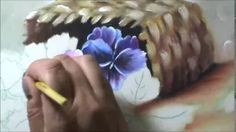 Videoaula Cristina Ribeiro - Loucos por Pintura - Amores perfeitos - Pintura em tecido. YouTube