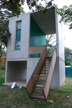 Tiny modern house / sustainable home / The Green Life <3