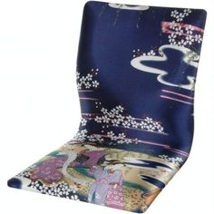 Hand crafted Japanese style tatami chair, traditionally used on tatami mat floors for meditation or study. Portable and comfortable, tatami chairs have