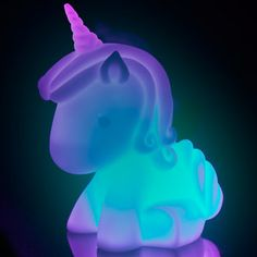 Unicorn Colour Changing Mood Light has seven different colours, and will fill your room with warm, bright lights as you fall asleep and dream of unicorns. Real Unicorn, Unicorn Art, Magical Unicorn, Cute Unicorn, Rainbow Unicorn, Unicorn Room Decor, Unicorn Bedroom, Deco Pastel, Unicorn Fashion
