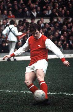 Pat Rice Arsenal 1970 Arsenal Fc, Big Men, Soccer Players, Kicks, Clock, Football, Sports, Football Players, Watch
