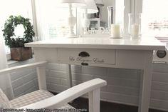 Kaunis tuunattu laatikkopöytä. #huutonet #koti #sisustus