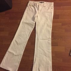 White theory denim pants Great condition. Purposeful fray at the bottom Theory Jeans Straight Leg