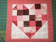 valentines day mini quilt - i want a big version