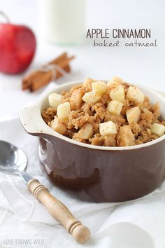 Apple Cinnamon Baked Oatmeal | LoveGrowsWild.com | #breakfast #oatmeal #apple #cinnamon