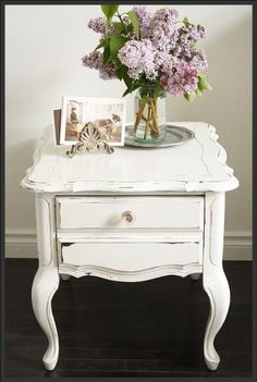 25 Super Ideas For Bedroom Vintage White Night Stands 25 Super Ideas For Bedroom Vintage White Night Stands The post 25 Super Ideas For Bedroom Vintage White Night Stands appeared first on Vardagsrum Diy. Painting Wood Furniture White, Paint Furniture, Furniture Projects, Wood Bedroom, Bedroom Decor, Bedroom Night, Hobby Lobby Furniture, White Nightstand, White Chic