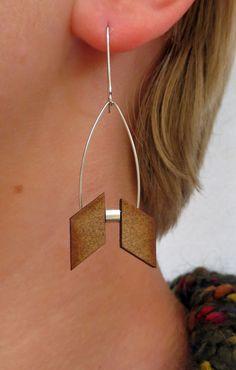 Boucles d'oreilles en métal et bois, argentées