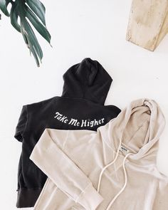 The Noah Hoodie 〰️ almost sold out...
