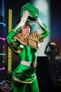Soni Aralynn as Green Ranger cosplay