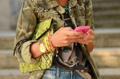 Moda: Vuelve el camuflado! Se integra al mix de prints, colores y detalles que ya tienen su lugar, claro.