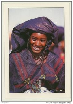 big smile from a beautiful Tuareg woman in Niger