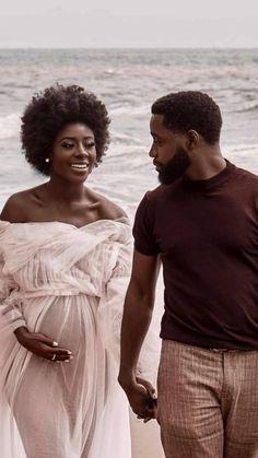 Black Love Couples, Black Love Art, Cute Couples Goals, Black Relationship Goals, Couple Goals Relationships, Beautiful Couple, Black Is Beautiful, Maternity Pictures, Pregnancy Photos