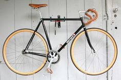 http://www.mayacycle.com/wp-content/uploads/2012/04/fixie-bike-2.jpg