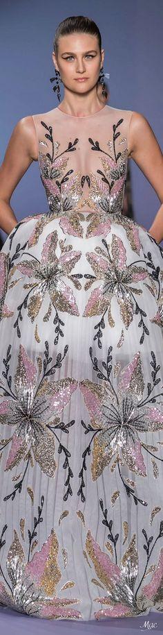 Precious Tips for Outdoor Gardens - Modern Haute Couture Dresses, Couture Mode, Haute Couture Fashion, Fashion 2020, Runway Fashion, Crop Top Dress, Kurti Designs Party Wear, Glamour, Flower Fashion