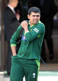 The Pakistan Cricket Board has finally made the way for Kamran Akmal's return to the national team after it clarified that the wicket-keeper batsman does not need a clearance from PCB's integrity committee to be considered for selection.