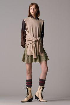 a5845c71 Chloé Pre-Fall 2018 Fashion Show Collection Knitwear Fashion, Fashion Show  Collection, Catwalk