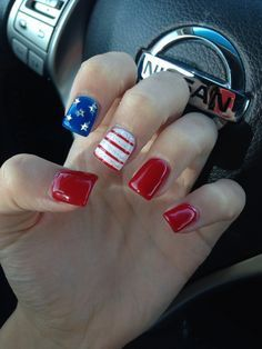 18 Fourth of July Nail Art Designs #notd #fbloggers #nails
